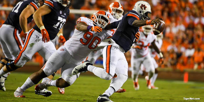 The moment wasn't too big for freshman Dexter Lawrence – The
